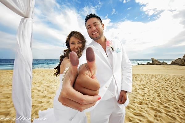 Fun-Cabo-San-Lucas-wedding-06
