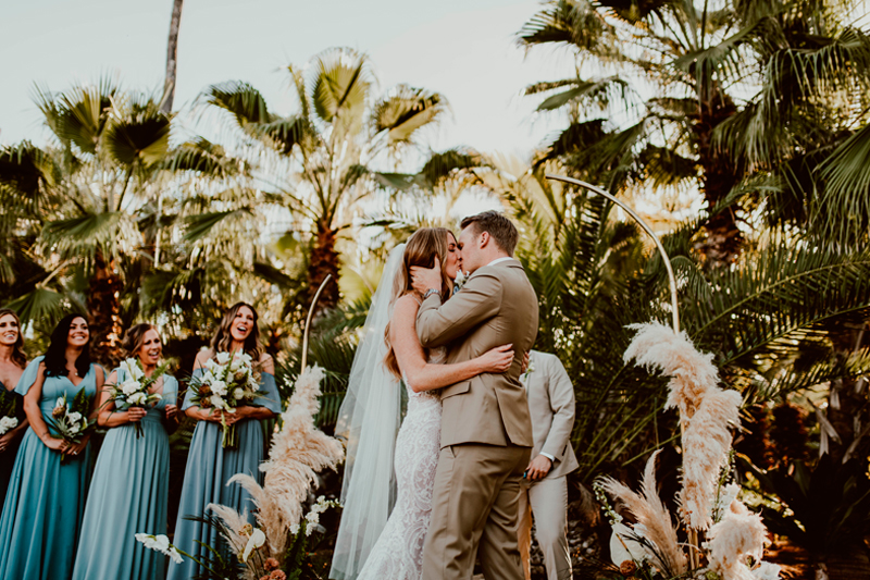 Jessie and Justin modern, bohemian wedding in Acre Baja