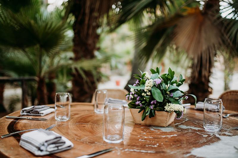Wedding table arrangement Hotel Dum